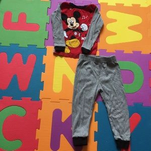 ❤️Mickey & The Roadster Racers 4T Pajamas  G26